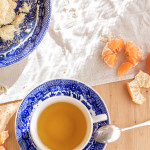 Clementines and saffron tea